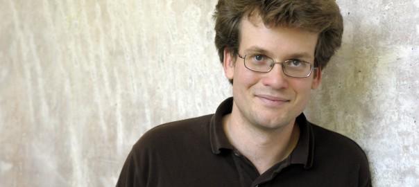 John Green. Foto: Peter-Andreas Hassiepen / Hanser Verlag
